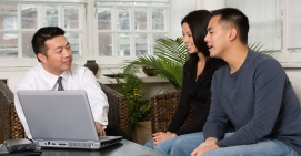asian-couple-financial-advisor